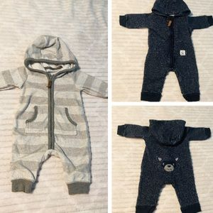 Other - 3m Carter's pair of heavy outdoor hooded onesies